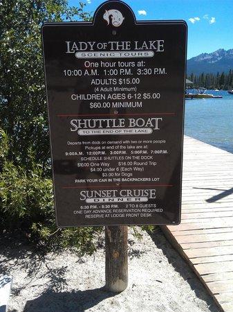 Redfish Lake Lodge : Lake activities.