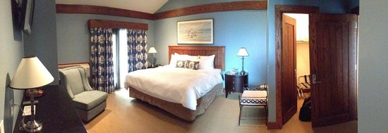 Huff Estates: Main Bedroom with Kind-Sized bed