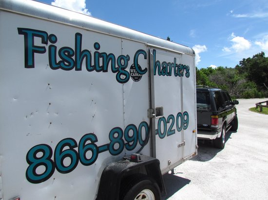 Fish Tales Tours : Their trailer at Manatee Cove