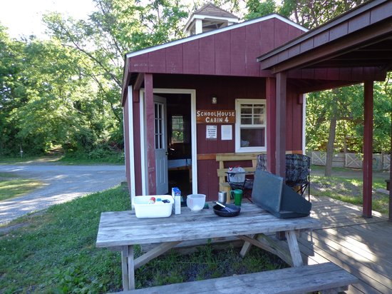 Artillery Ridge : This is the 80.00 a night shed