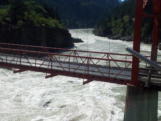 Hells Gate: Bridge