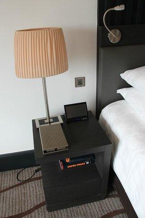 Sama-Sama Hotel KL International Airport: Touch Panel