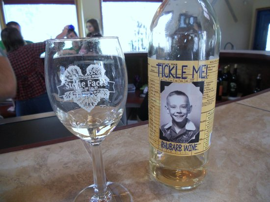 Stone Faces Winery: the rhubarb wine is luscious