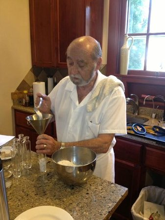 A' Tuscan Estate Bed and Breakfast : Jacques packaging his delicious truffle salt