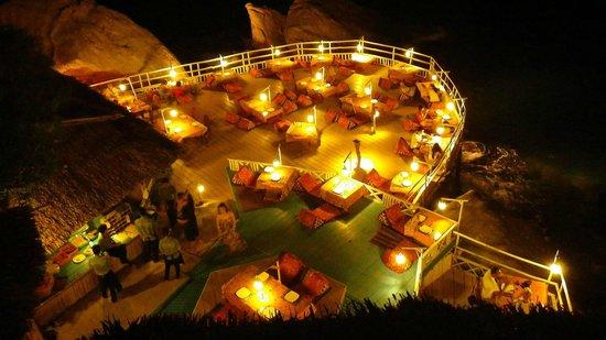 Charm Churee Villa: Starlight Restaurant
