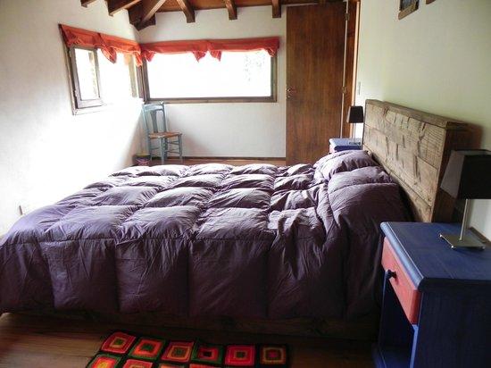 """Puro Sur Bariloche: Habitación matrimonial cabaña """"Otto"""""""