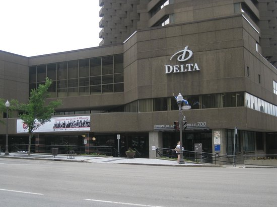 front entrance of hotel picture of delta hotels by. Black Bedroom Furniture Sets. Home Design Ideas