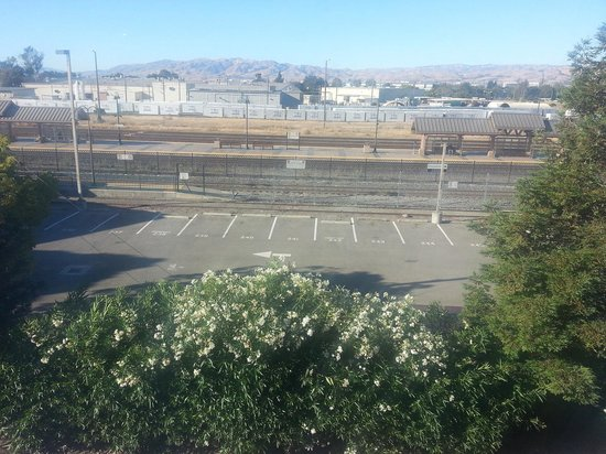 Candlewood Suites - Santa Clara : The view from Room 335