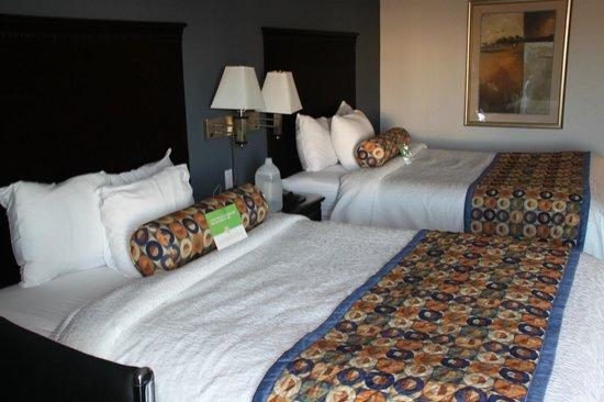 La Quinta Inn & Suites Fresno Riverpark: Camas