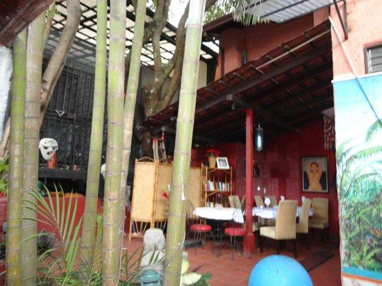 Hemingway Inn: Hotel Lobby