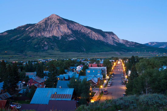 The Nordic Inn: Town of Crested Butte Sunset