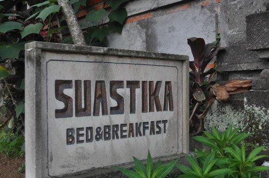 Karang Mesari Ubud Bungalow : The sign outside
