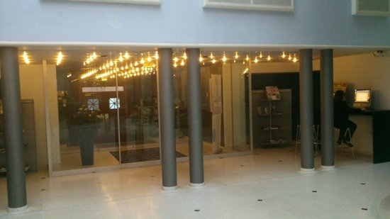 Cabinn Hotel Aarhus: hall de entrada
