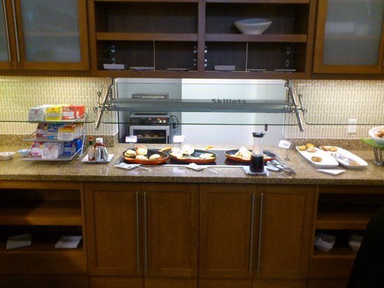 Hyatt Place Delray Beach: Hot breakfast items