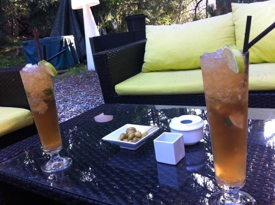 """Les Caves du Paccaly: cocktails """"Dark & Stormy"""""""