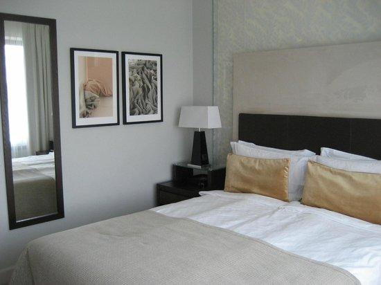 Elite Eden Park Hotel : Habitación