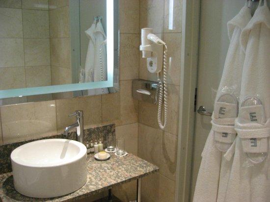 Elite Eden Park Hotel : Baño