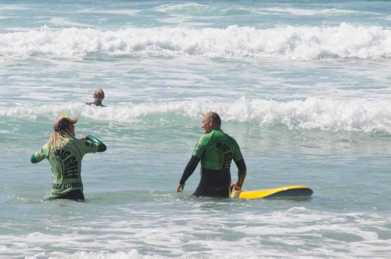 Big Green Surf School: First steps