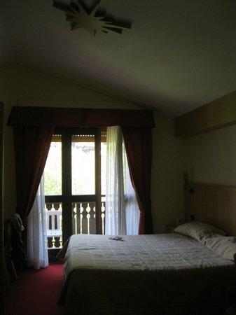 Hotel Miramonti: stanza vista remenno