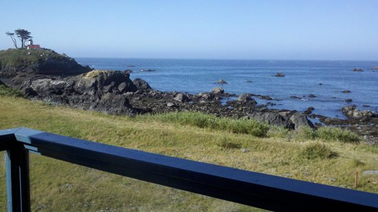 Oceanfront Lodge: View from balcony