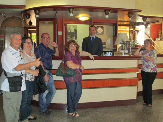 Hotel Gaggiano: Foto col personale.