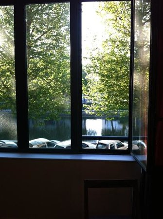 Adagio Caen Centre : view from room