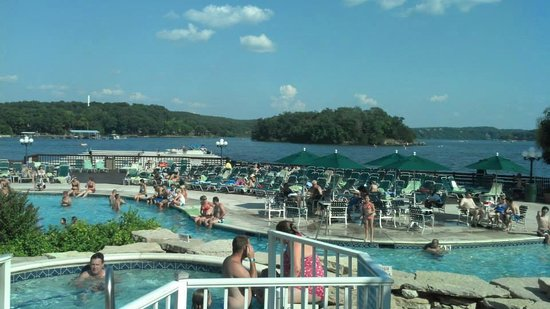 Tan-Tar-A Resort, Golf Club, Marina & Indoor Waterpark: Arrowhead Pool