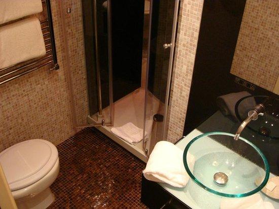 Al Viminale Hill Inn & Hotel: Banheiro