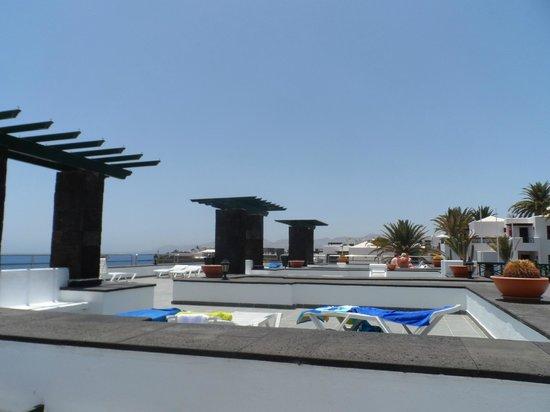 Morana Apartments: roof terrace