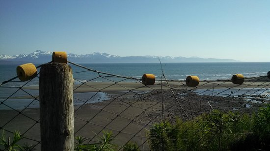 The Alaska Beach House : Inhale, exhale...enjoy!!