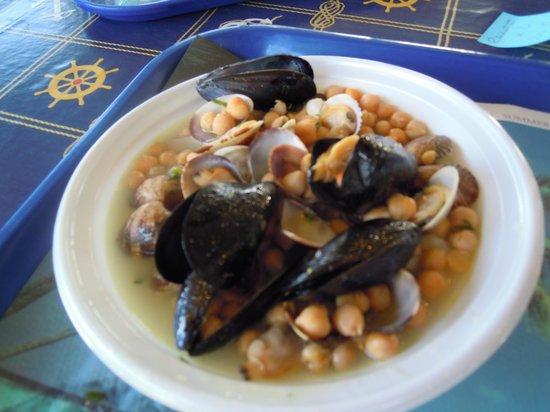 Poseidonia Cooperativa Pescatori del Circeo : Sautè di cozze, vongole e ceci
