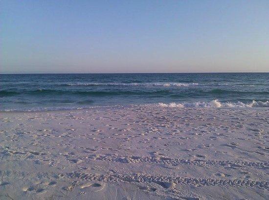 Lisbeth's Bed & Breakfast By the Sea: Beach