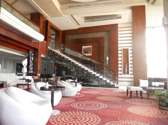 Premier Romance Boutique Hotel and Spa : The indoor lounge bar