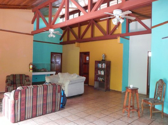 El Faro Beach Hostel : Lobby Area