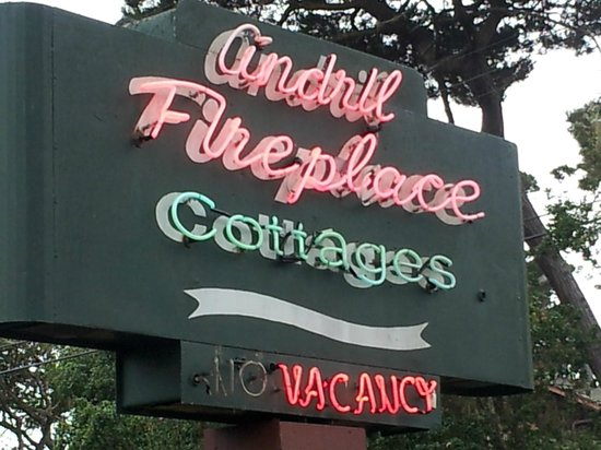 Andril Fireplace Cottages: Street sign
