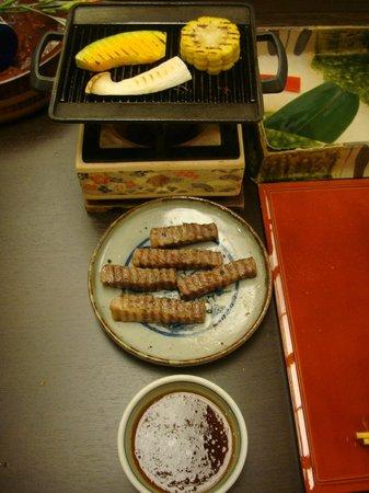 Hanaougi Bettei Iiyama: Grilled Hida beef