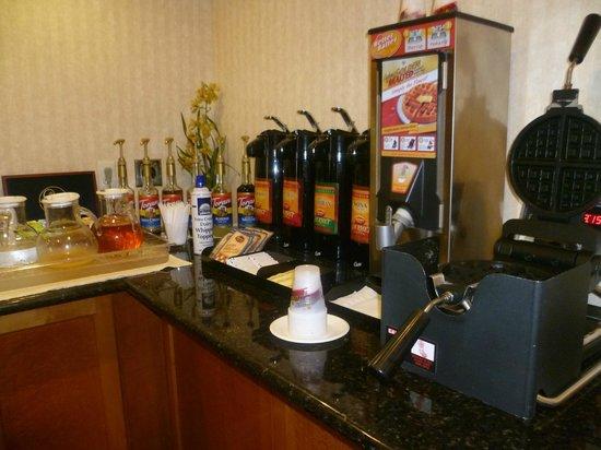 Millwood Inn & Suites: Desayuno