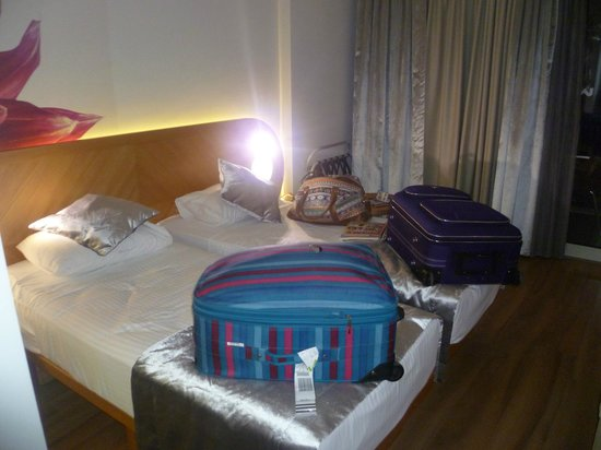 Hotel Marbella: Our room on arrival