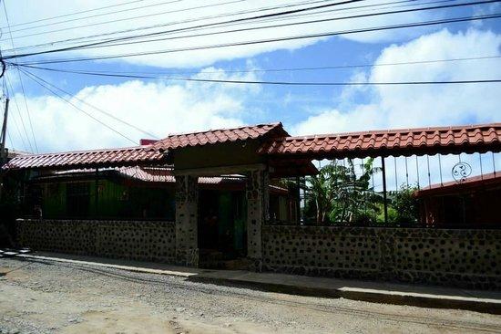 Camino Verde Bed & Breakfast Monteverde: hotel front