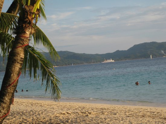 Da Mario Hotel: View of Panay Island from the beach