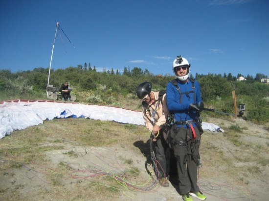 Vail Valley Paragliding Tandem Adventures : Almost Ready!