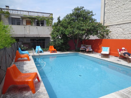 Hotel Sous les Figuiers : Great swimming pool