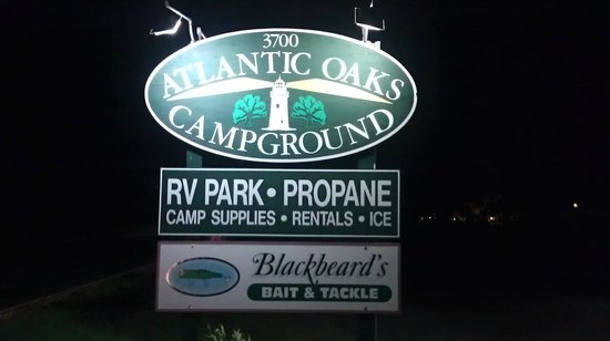 Atlantic Oaks Campground: Signage