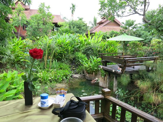 Oriental Siam Resort: Views of the grounds