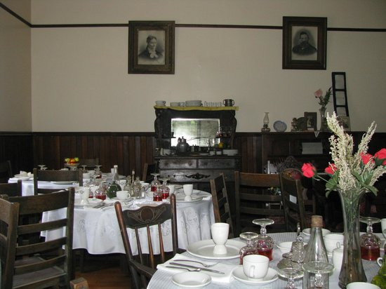 Three Valley Gap Ghost Town: Dining Room of The Hotel Bellevue