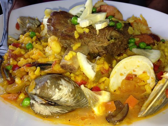 Chapel Grille: Paella