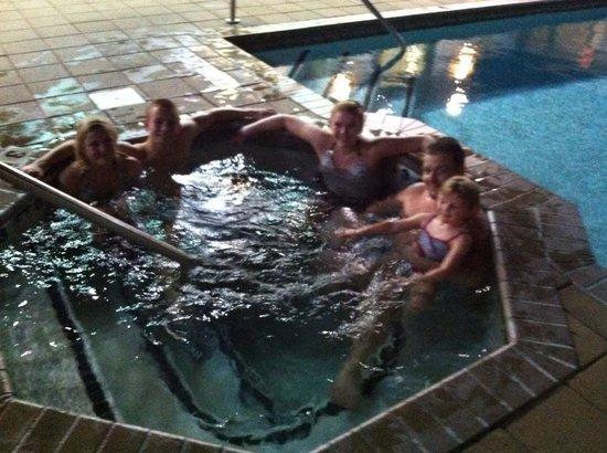 Holiday Inn Express Savannah - Historic District: Rooftop pool