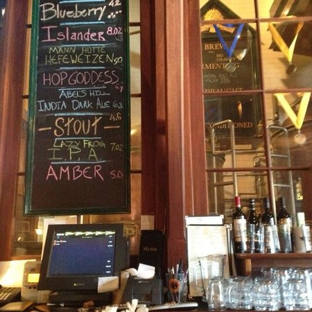 Offshore Ale Company : View from bar into brewery