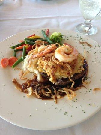 Tuckahoe Inn: Shrimp Imperial Filet Mignon. Was perfect!