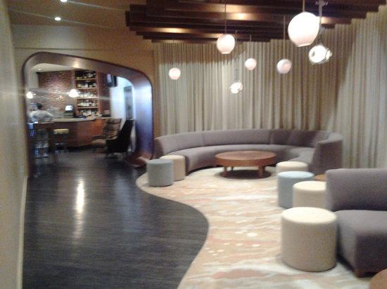 Marina Grand Resort: Lobby